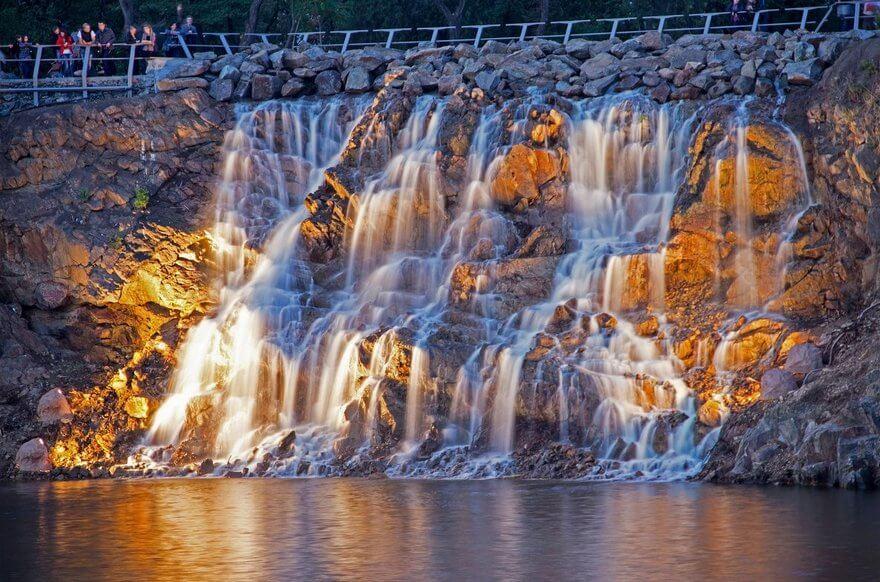 Водопад «Порог ревучий»