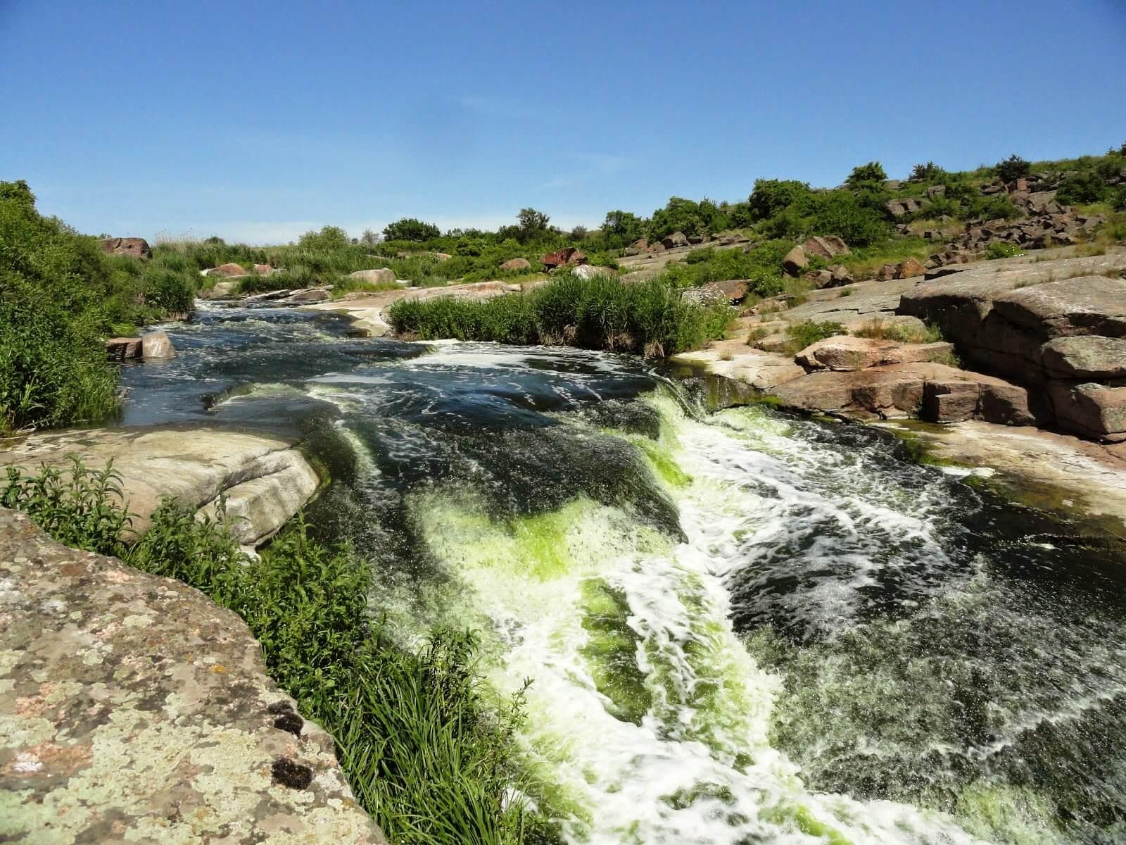 Шолоховский каскадный водопад
