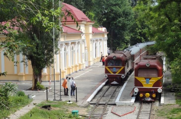Kids' railway