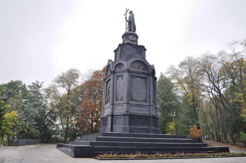 The monument to Volodymyr