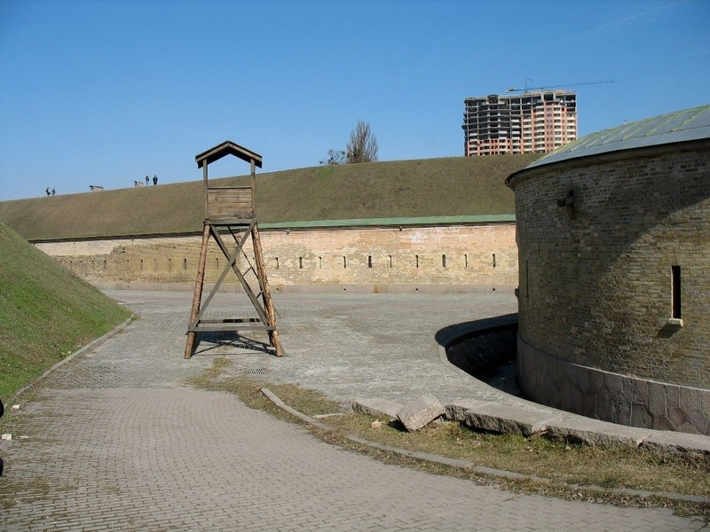 Ramparts of the 1st moat