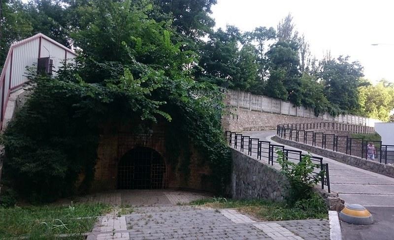 Remains of earth ramparts Vasylkiv fortification