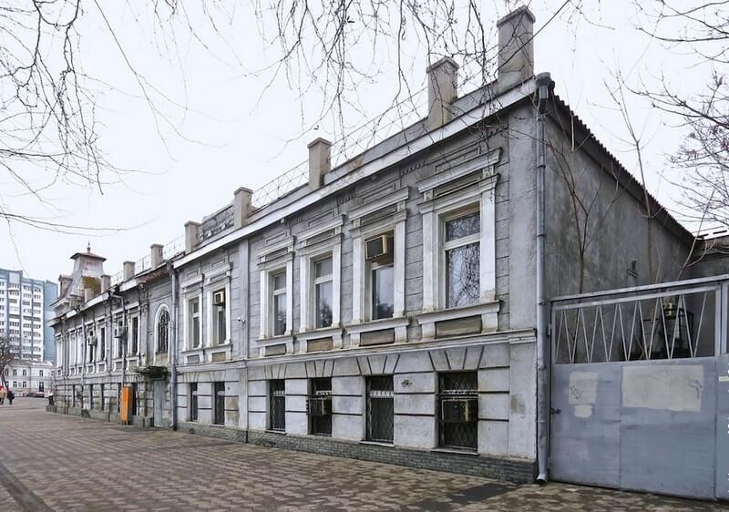 Дом, где жил Остап Бендер