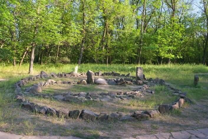 Святилище-обсерватория