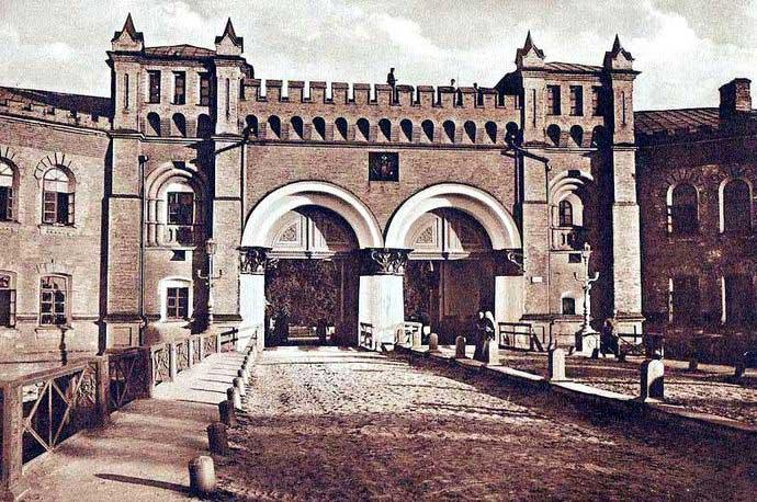 Никольские ворота