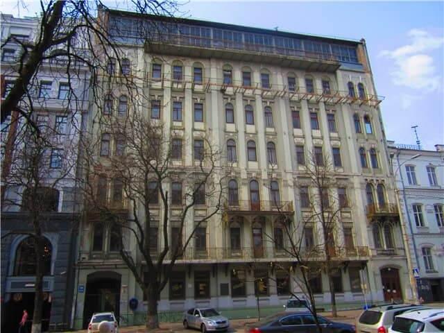 "36, Volodymyrska Str. – the building of the former hotel ""Prague"""
