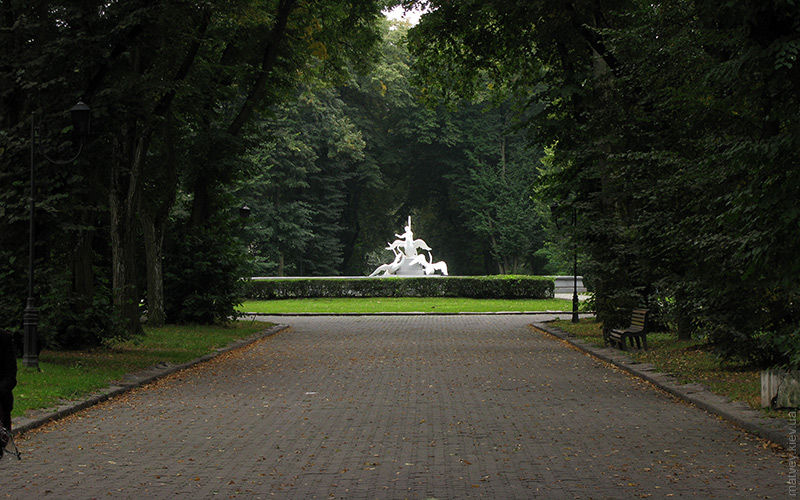 Sightseeing tour of Lviv, Stryisky park